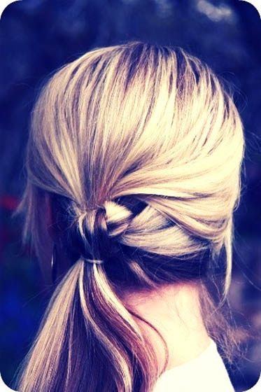 15_knotted-ponytail